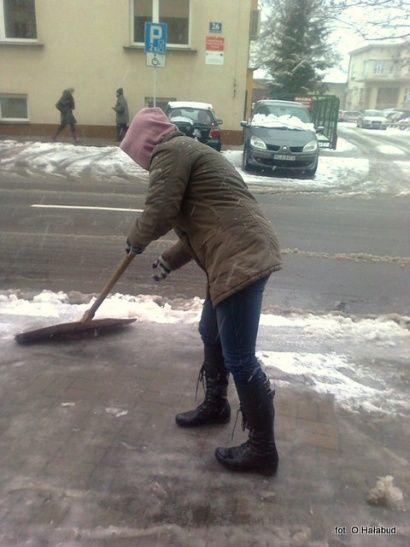Zimowe obowiązki właścicieli posesji  - Aktualności Podkarpacie