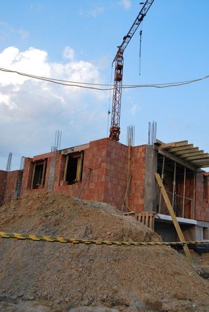 Tragedia na budowie. 34-latek przygnieciony stalowym słupem - Aktualności Podkarpacie