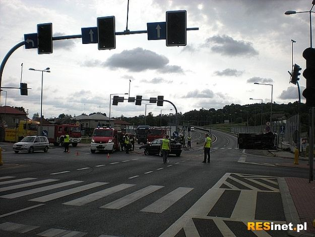 Wypadek w Ropczycach. 5 rannych - Aktualności Podkarpacie