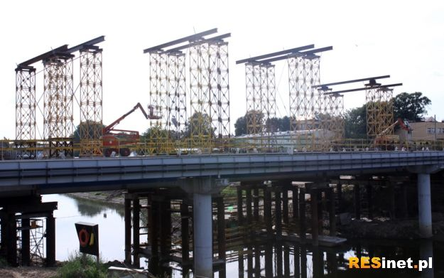 Most obok sanepidu będzie… w 14 kolorach - Aktualności Rzeszów