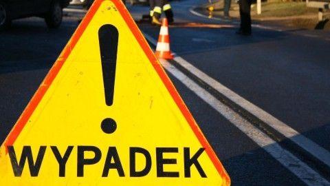 Zablokowana droga krajowa nr 77 w Dębnie w pow. leżajskim - Aktualności Podkarpacie