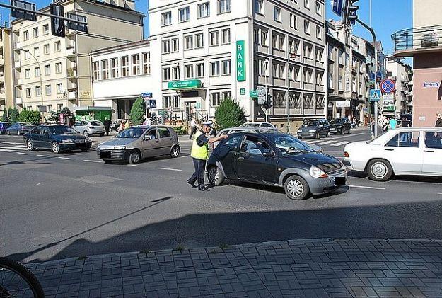Policjanci na rzeszowskich skrzyżowaniach - Aktualności Rzeszów