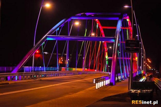 FOTO: Iluminacja Mostu Narutowicza - Aktualności Rzeszów