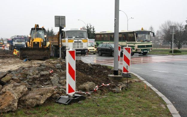 Nowe nitki na skrzyżowaniu Witosa - Wiktora - Aktualności Rzeszów