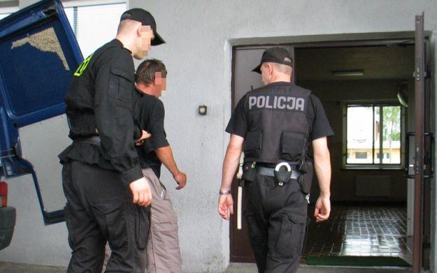 Pijany zapłaci za izbę wytrzeźwień i policyjny areszt nawet 300 zł - Aktualności Rzeszów