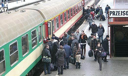 Rodziny 3+ pojadą taniej pociągiem - Aktualności Podkarpacie