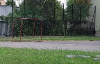 Nowe boiska przy tarnobrzeskich przedszkolach - Aktualności Podkarpacie