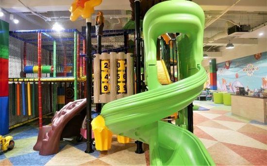 W Plazie otwarto wielki plac zabaw dla dzieci. Ma ponad 500 mkw - Aktualności Rzeszów - zdj. 1