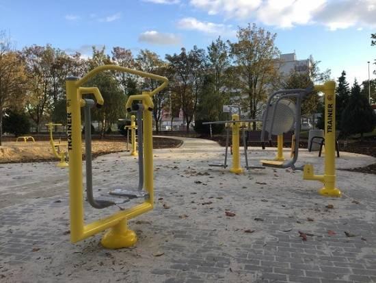 FOTO. Przy ul. Popiełuszki powstał park aktywności dla seniorów. W piątek uroczyste otwarcie - Aktualności Rzeszów - zdj. 3