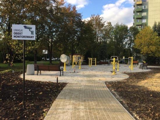 FOTO. Przy ul. Popiełuszki powstał park aktywności dla seniorów. W piątek uroczyste otwarcie - Aktualności Rzeszów - zdj. 7