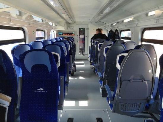 Dwa nowe pociągi o napędzie spalinowym zaczynają prace na Podkarpackich torach - Aktualności Rzeszów - zdj. 2
