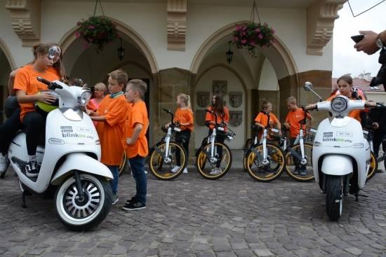 Nowe rowery miejskie i skutery elektryczne już dostępne dla mieszkańców Rzeszowa - Aktualności Rzeszów - zdj. 2