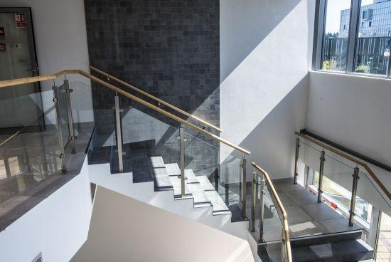 Otwarto nowy budynek Wydziału Zarządzania na Politechnice Rzeszowskiej [ZDJĘCIA] - Aktualności Rzeszów - zdj. 2