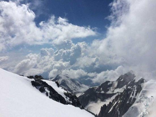 Pracownik Uniwersytetu Rzeszowskiego zdobył Mont Blanc. Wyczynu dokonał dr hab. Sławomir Drozd [ZDJĘCIA] - Aktualności Rzeszów - zdj. 2