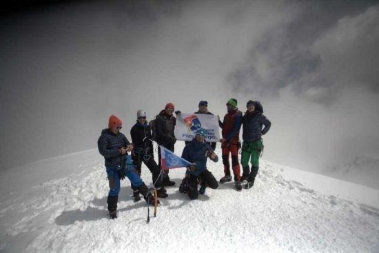 Pracownik Uniwersytetu Rzeszowskiego zdobył Mont Blanc. Wyczynu dokonał dr hab. Sławomir Drozd [ZDJĘCIA] - Aktualności Rzeszów - zdj. 6
