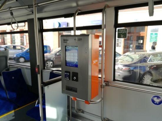 Autobusy elektryczne wyjechały na ulice Rzeszowa. Będą również dodatkowe stacje ładowania [ZDJĘCIA] - Aktualności Rzeszów - zdj. 2