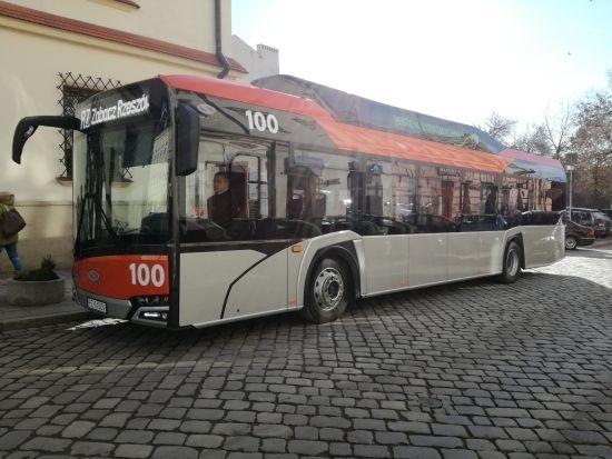 Autobusy elektryczne wyjechały na ulice Rzeszowa. Będą również dodatkowe stacje ładowania [ZDJĘCIA] - Aktualności Rzeszów - zdj. 4