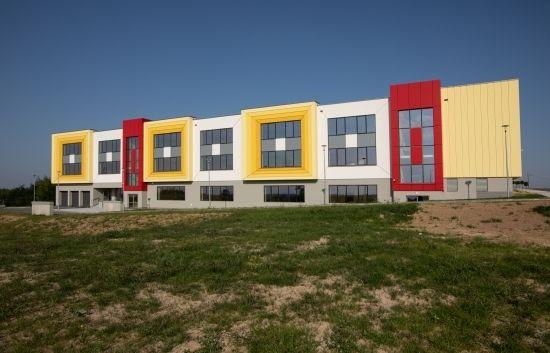 Poświęcono nową szkołę w Rzeszowie. Będzie się w niej uczyć ok. 840 uczniów [FOTO] - Aktualności Rzeszów - zdj. 3