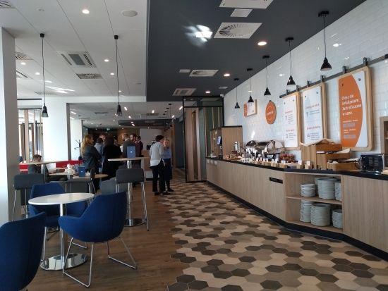 Otwarto nowy hotel w sąsiedztwie Portu Lotniczego Rzeszów-Jasionka [FOTO] - Aktualności Rzeszów - zdj. 6