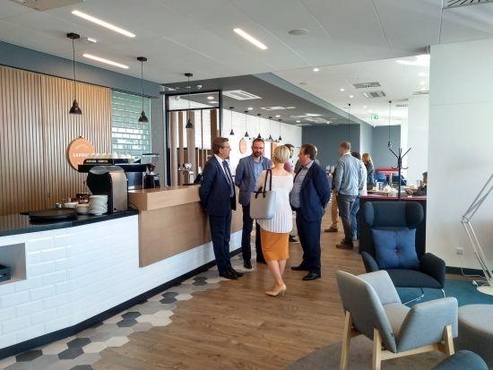 Otwarto nowy hotel w sąsiedztwie Portu Lotniczego Rzeszów-Jasionka [FOTO] - Aktualności Rzeszów - zdj. 10