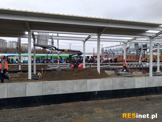 Raport z prac na stacji Rzeszów Główny. 19 listopada uruchomią peron nr 1 [FOTO] - Aktualności Rzeszów - zdj. 2
