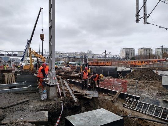 Raport z prac na stacji Rzeszów Główny. 19 listopada uruchomią peron nr 1 [FOTO] - Aktualności Rzeszów - zdj. 5
