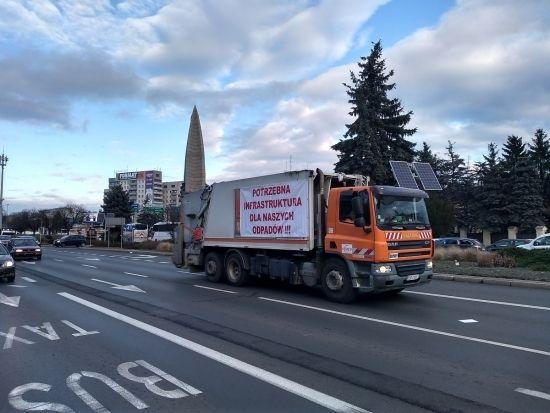 """""""Protest śmieciarek"""" w Rzeszowie [FOTO] - Aktualności Rzeszów - zdj. 11"""